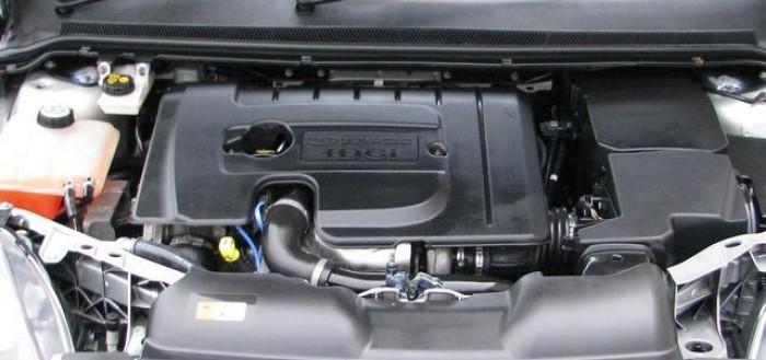 ford-focus-1.6-tdci-motor