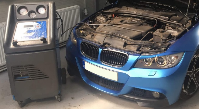 schimbare freon auto