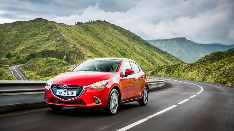 Mazda 2 1.5 75CP SkyActiv-G - consum aproximativ 6,57 litri la 100 km