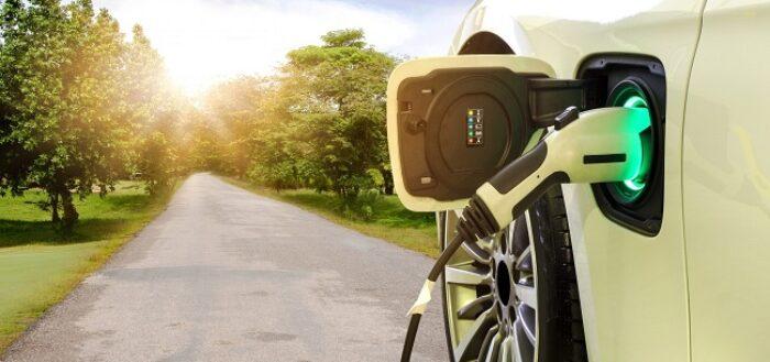 Care sunt avantajele si dezavantajele masinilor electrice